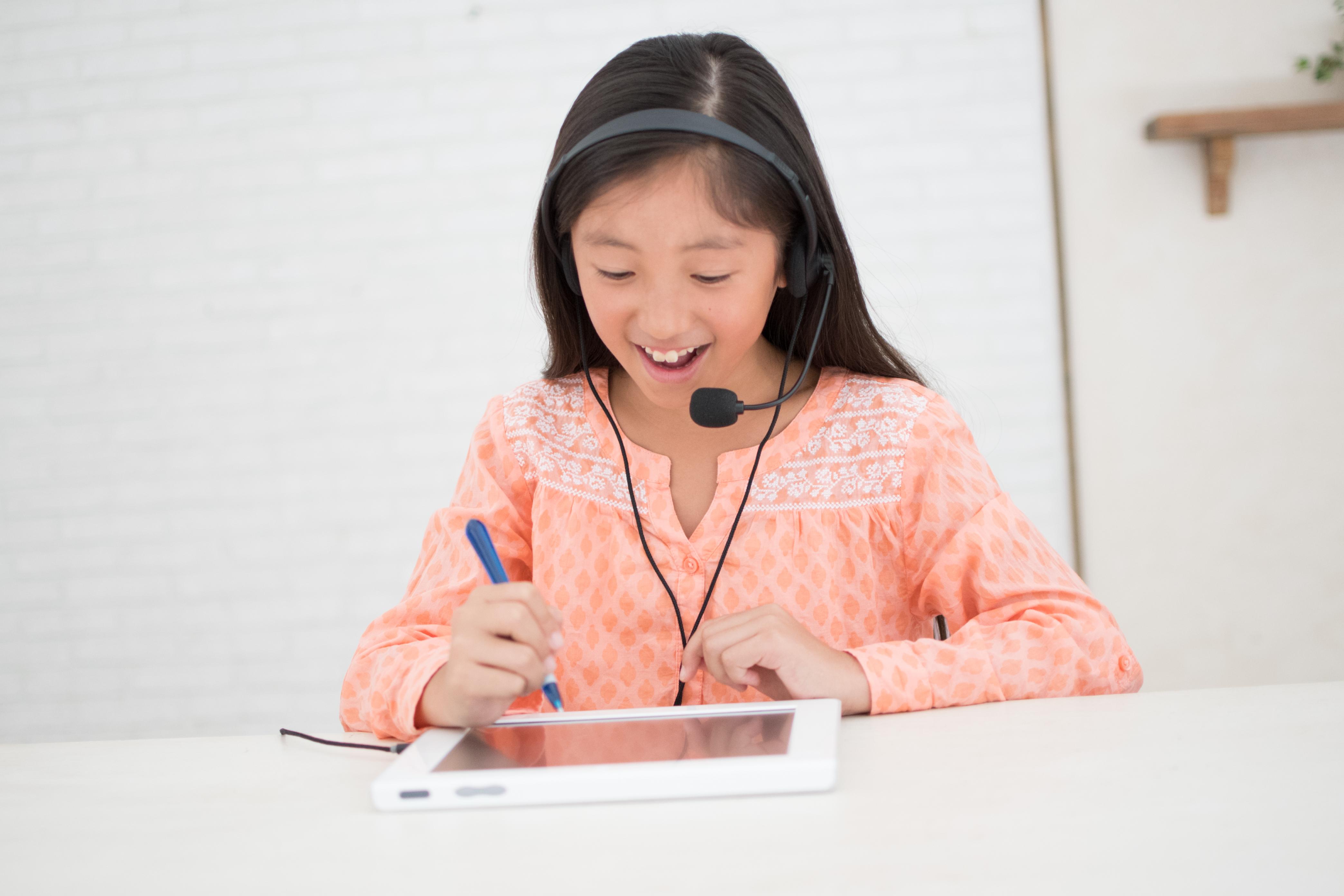 松山市 ベネッセの子供英会話「ビースタジオ」